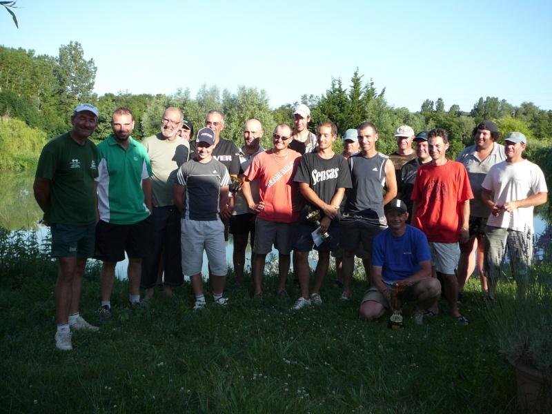 Festival de pêche sur le plan d'eau de Chuzelles (38) les 16 et 17 juin 2012 - Page 2 P1090215