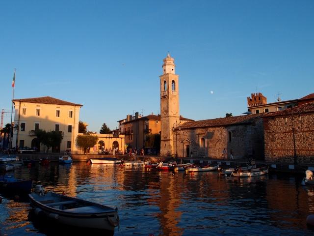 retour d'Italie : quelques photos supplémentaires en page 3 - Page 2 20110933