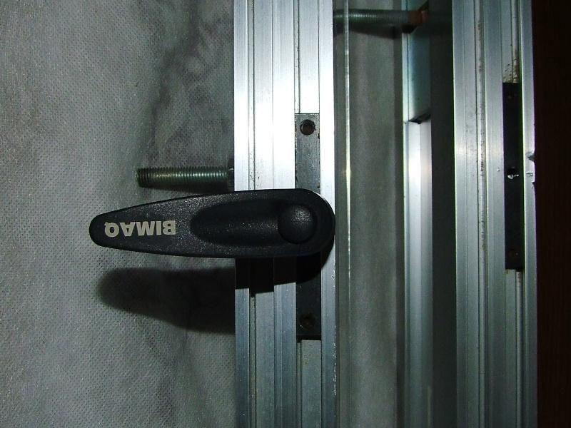 Guide de securite pour toupie de marque BIMAQ Dscf4518