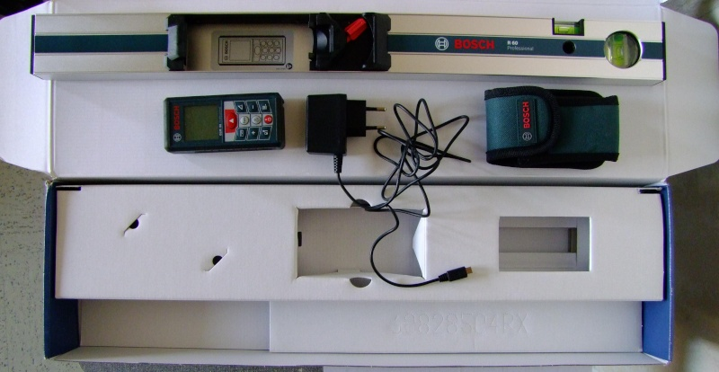 Télémêtre laser BOSCH GLM80 + R60 Dscf5012