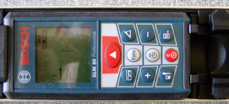 Télémêtre laser BOSCH GLM80 + R60 Dscf5019