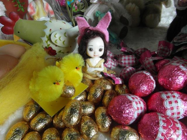 """THEME DU MOIS D'AVRIL 2012 : ELLO et les Animaux, ou la couleur """"Chocolat""""  Sam_2414"""