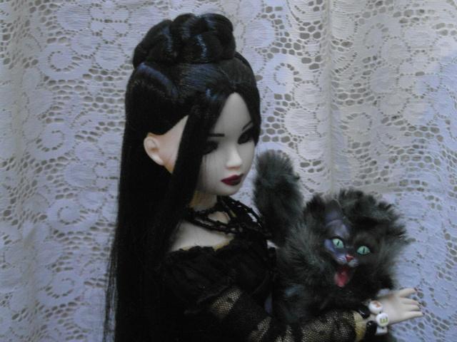 THEME DE NOVEMBRE 2012 : Le Noir , le gothique etc... Sam_4815