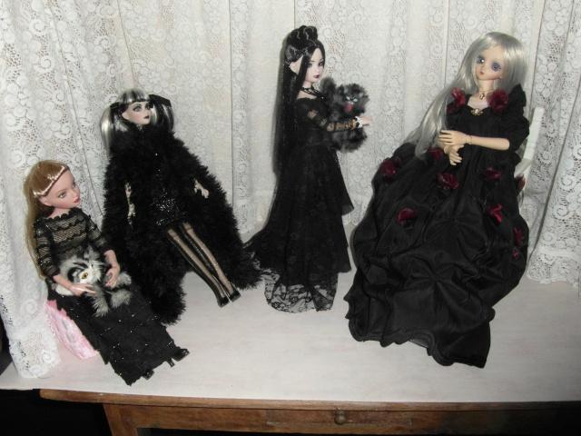 THEME DE NOVEMBRE 2012 : Le Noir , le gothique etc... Sam_4817