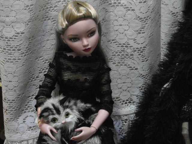 THEME DE NOVEMBRE 2012 : Le Noir , le gothique etc... Sam_4911
