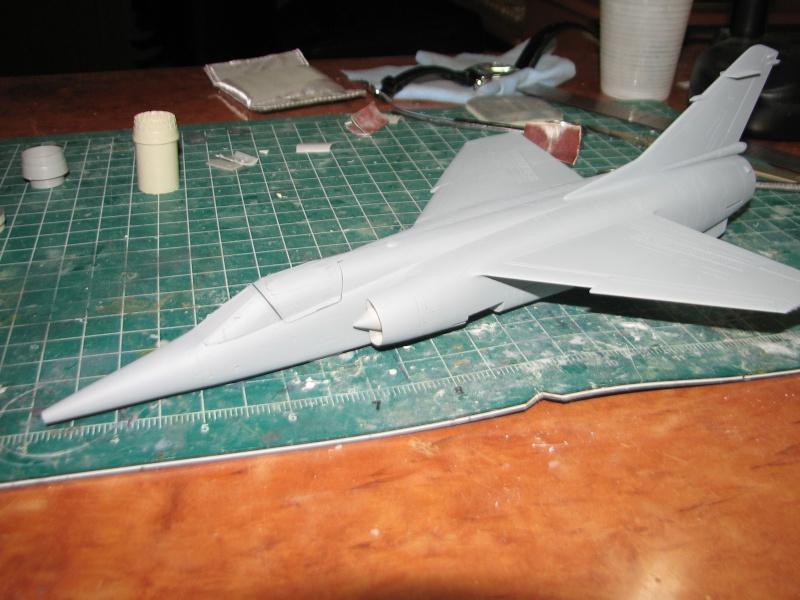 Italeri 1/48 Mirage F1 - Page 2 Img_3710