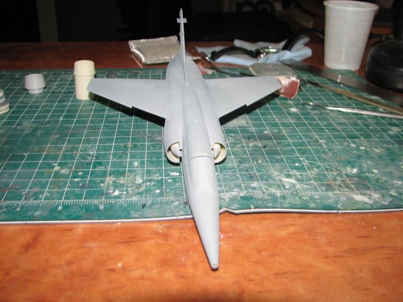 Italeri 1/48 Mirage F1 - Page 2 Img_3711
