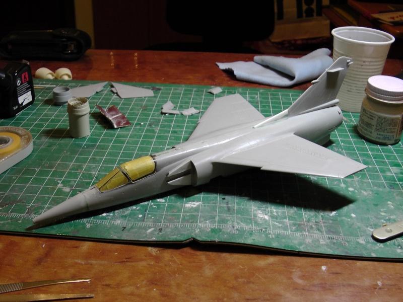 Italeri 1/48 Mirage F1 - Page 2 S1020010