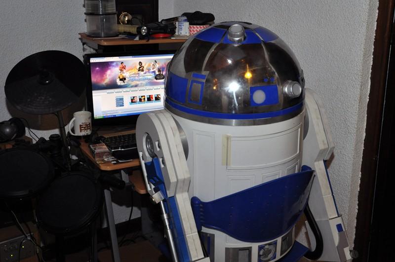 le R2-D2 a larsen life size - Page 2 Dsc_0013