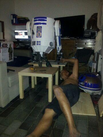 le R2-D2 a larsen life size - Page 10 R2_d212
