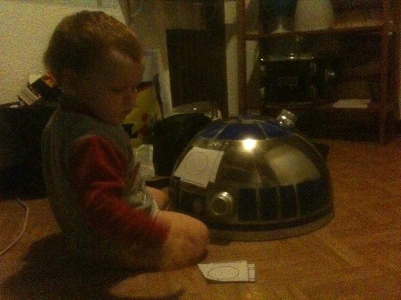 le R2-D2 a larsen life size R2_d2133