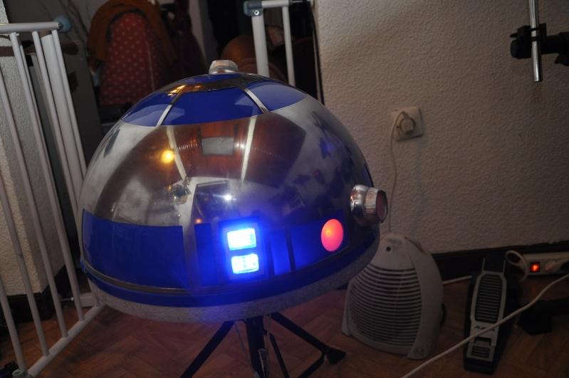 le R2-D2 a larsen life size R2_d2138