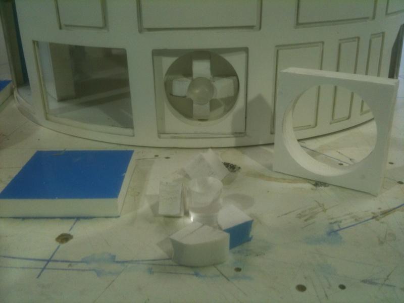 le R2-D2 a larsen life size R2_d2178