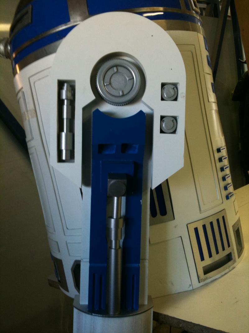 le R2-D2 a larsen life size R2_d2228