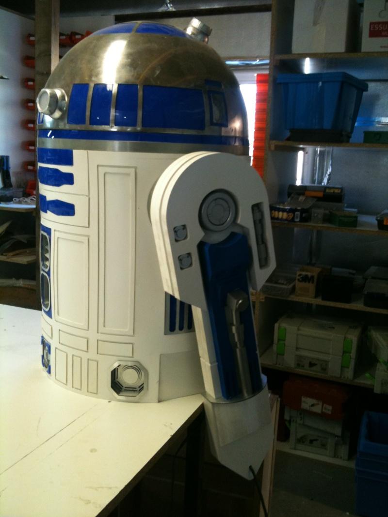 le R2-D2 a larsen life size R2_d2229