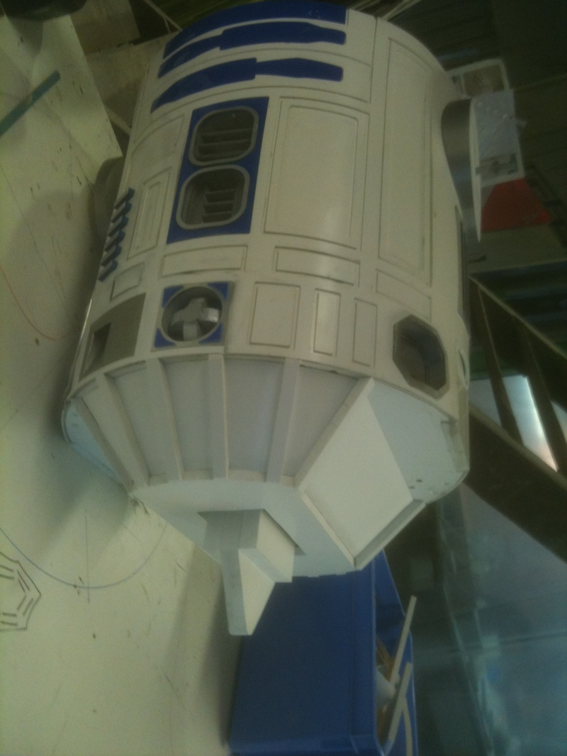 le R2-D2 a larsen life size - Page 2 R2_d2264