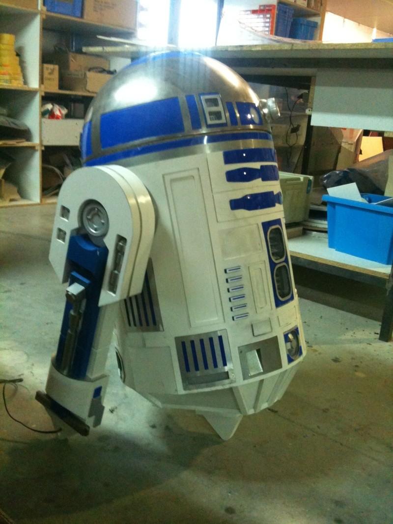le R2-D2 a larsen life size - Page 2 R2_d2266