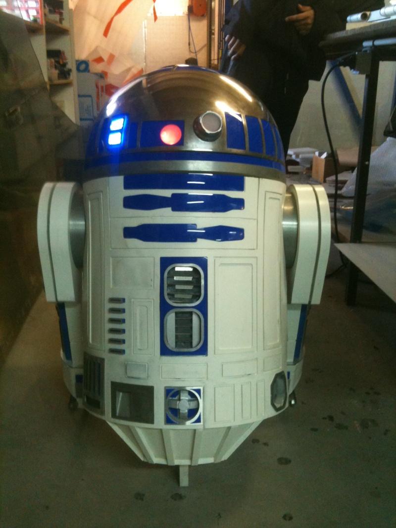 le R2-D2 a larsen life size - Page 2 R2_d2268