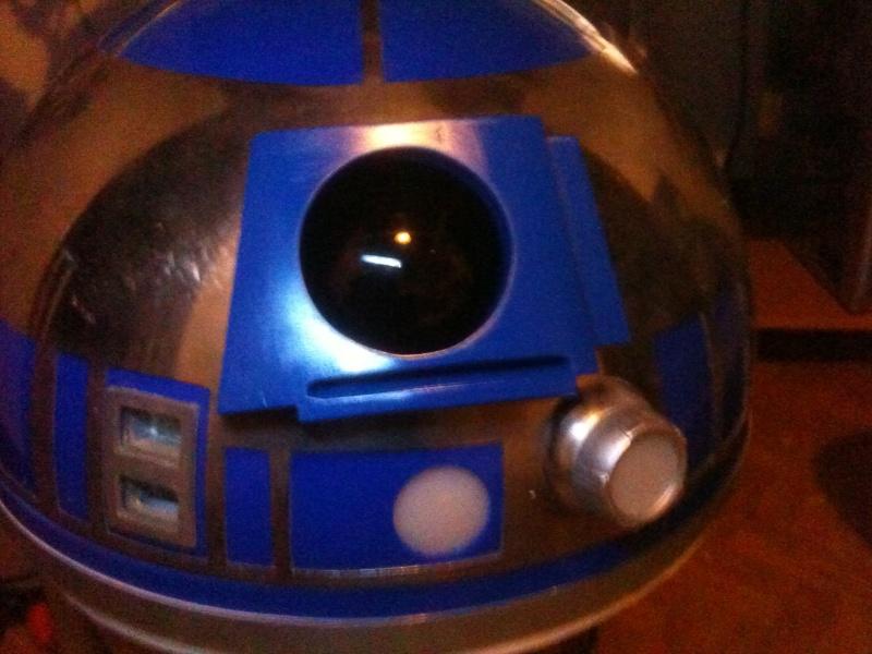 le R2-D2 a larsen life size - Page 3 R2_d2293