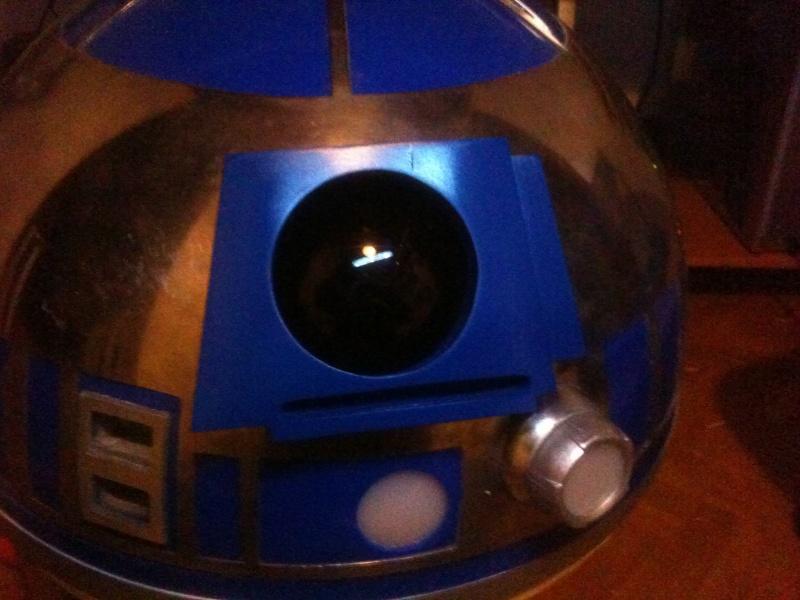 le R2-D2 a larsen life size - Page 3 R2_d2296