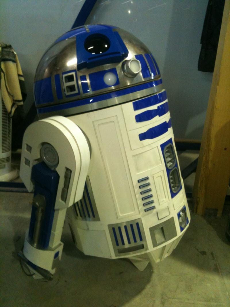 le R2-D2 a larsen life size - Page 3 R2_d2297
