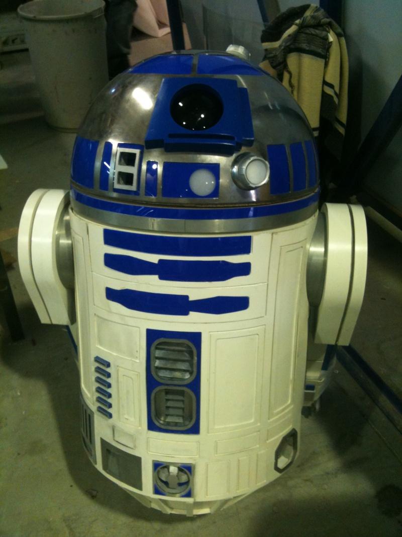 le R2-D2 a larsen life size - Page 3 R2_d2298
