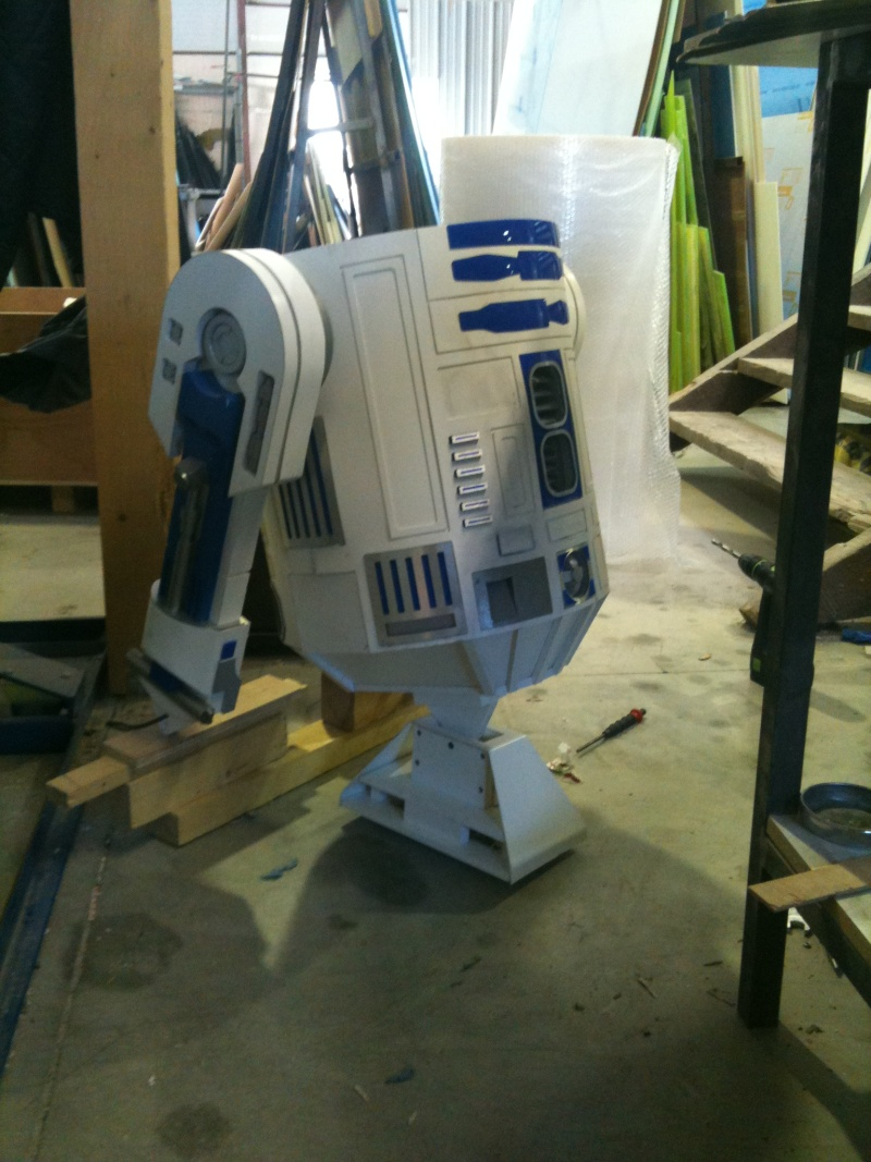 le R2-D2 a larsen life size - Page 3 R2_d2307