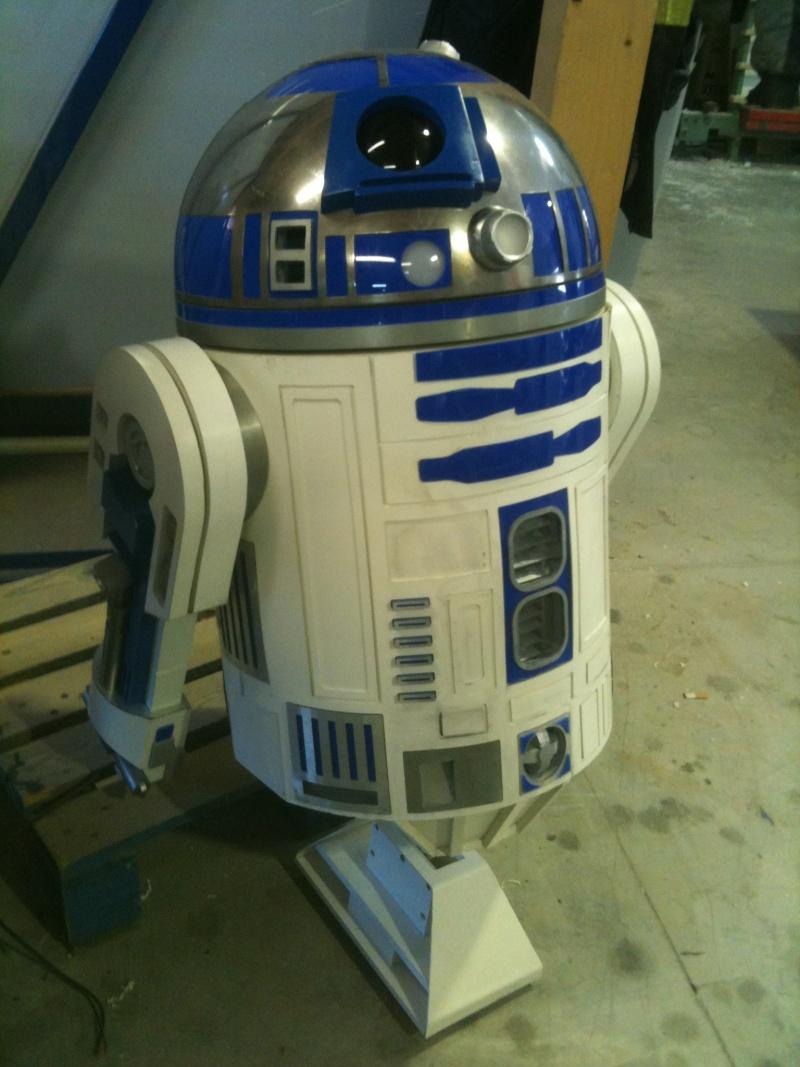 le R2-D2 a larsen life size - Page 3 R2_d2308
