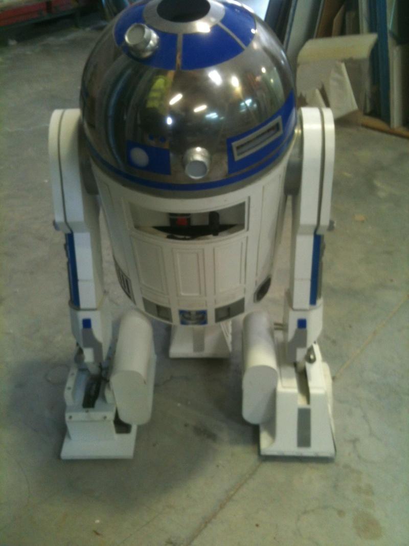 le R2-D2 a larsen life size - Page 5 R2_d2359