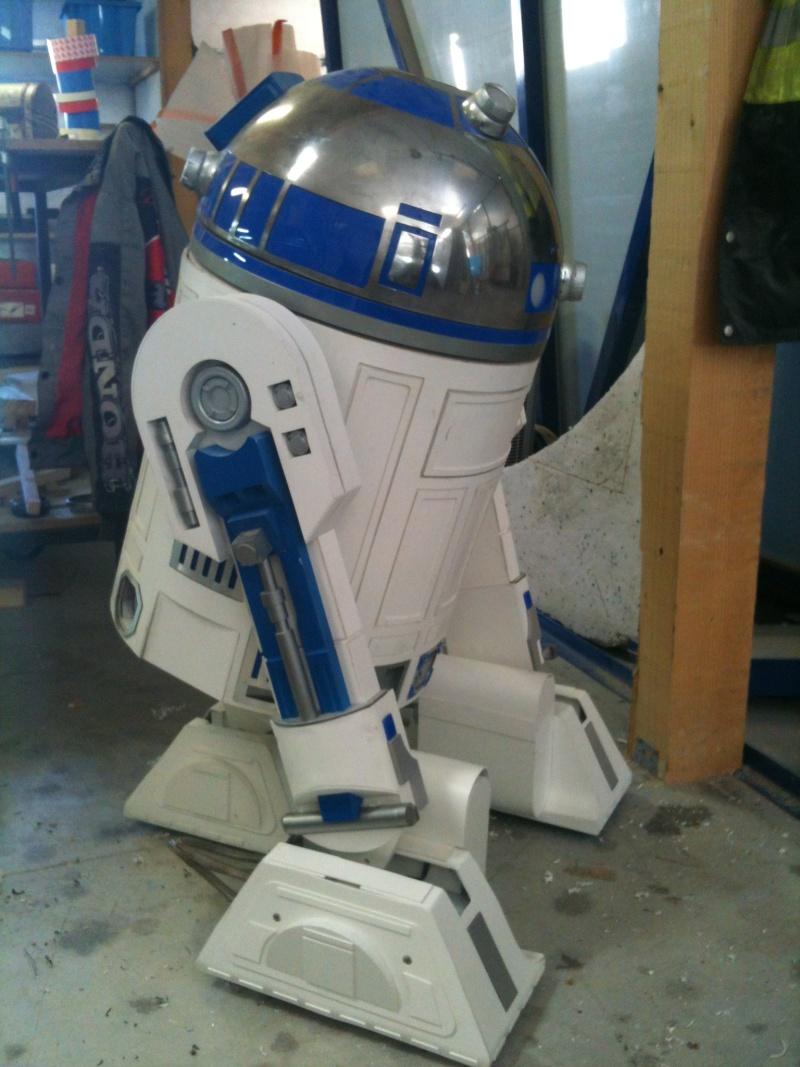 le R2-D2 a larsen life size - Page 5 R2_d2368
