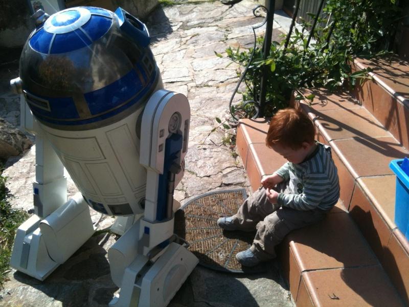 le R2-D2 a larsen life size - Page 5 R2_d2374