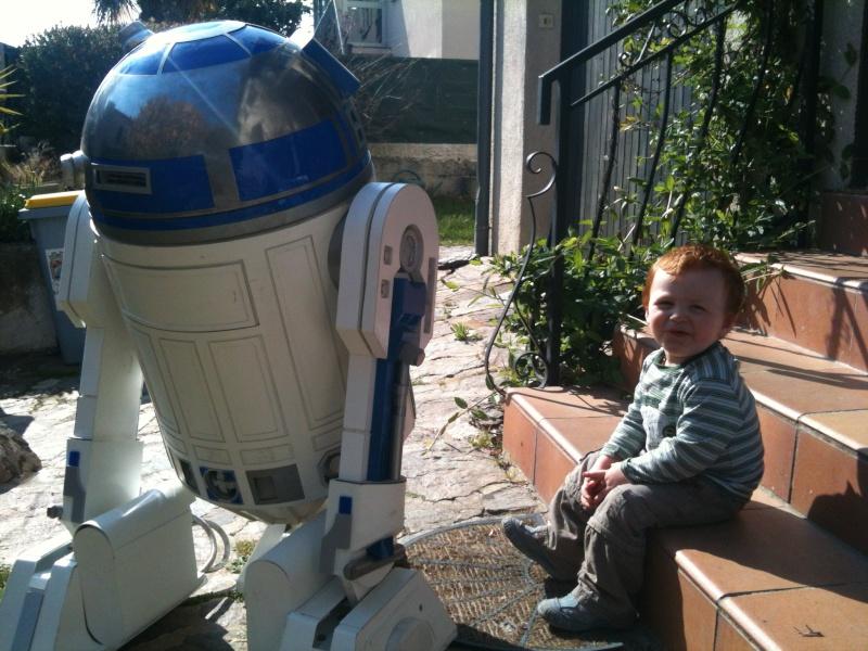 le R2-D2 a larsen life size - Page 5 R2_d2375