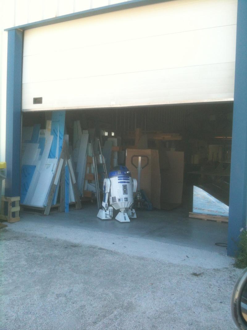 le R2-D2 a larsen life size - Page 6 R2_d2436