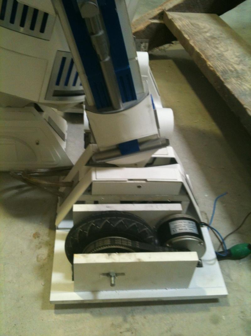 le R2-D2 a larsen life size - Page 6 R2_d2439