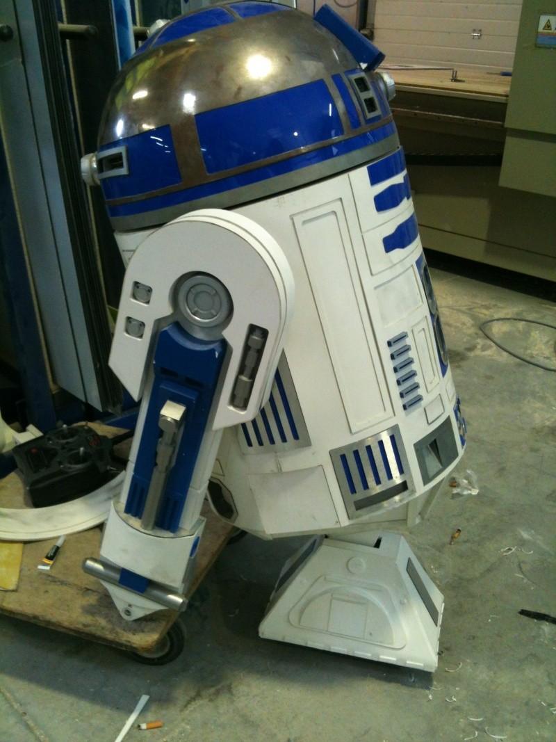 le R2-D2 a larsen life size - Page 8 R2_d2451