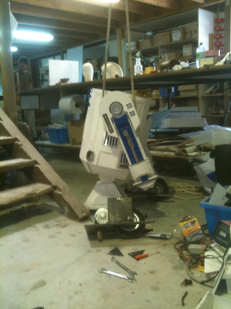 le R2-D2 a larsen life size - Page 9 R2_d2507