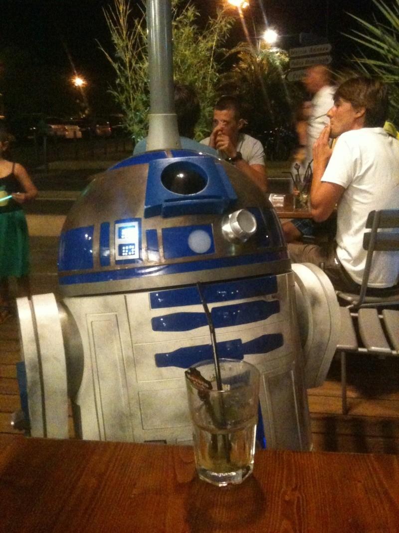le R2-D2 a larsen life size - Page 10 R2_d2524