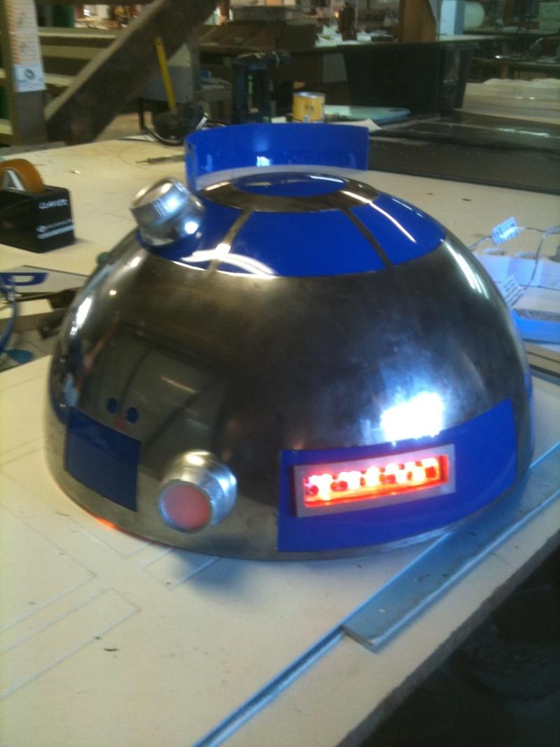 le R2-D2 a larsen life size R2_d2_68