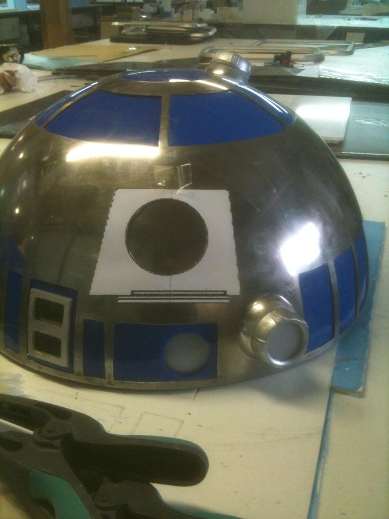 le R2-D2 a larsen life size R2_d2_76