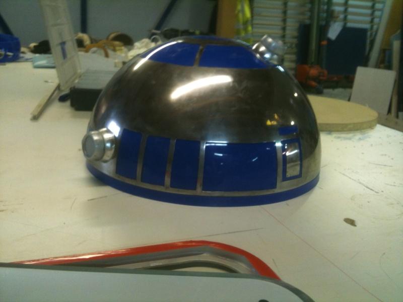 le R2-D2 a larsen life size R2_d2_85