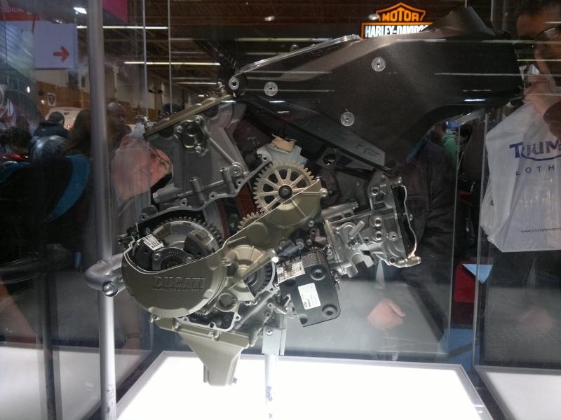 salon de la moto Paris 2011 - Page 2 04122024