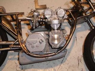 Construction 250 GP modèle réduit Benell45