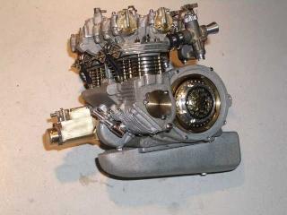 Construction 250 GP modèle réduit Benell46