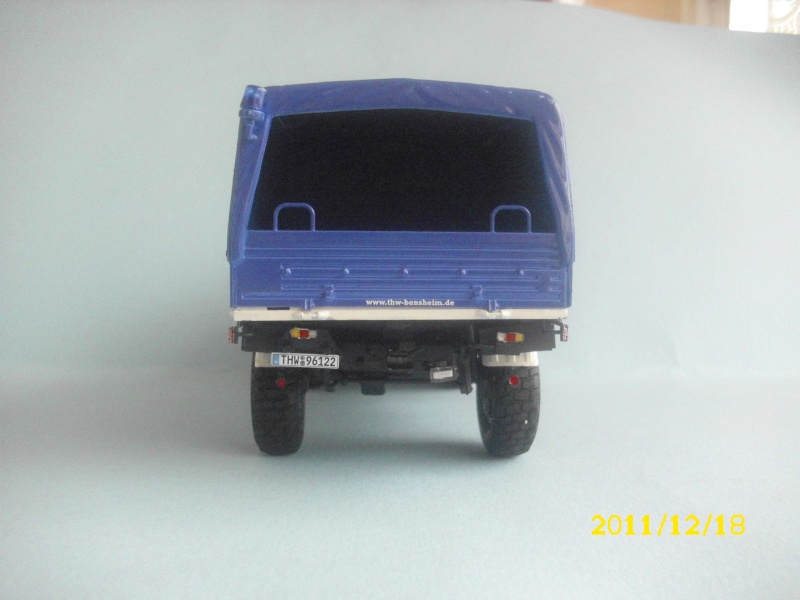 MB Unimog THW /Revell / 1:24 Dsci0330