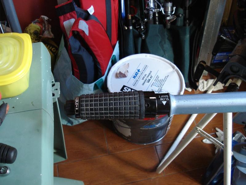 Réparation Poignée d'accélération et changement du joint carter Dsc03024