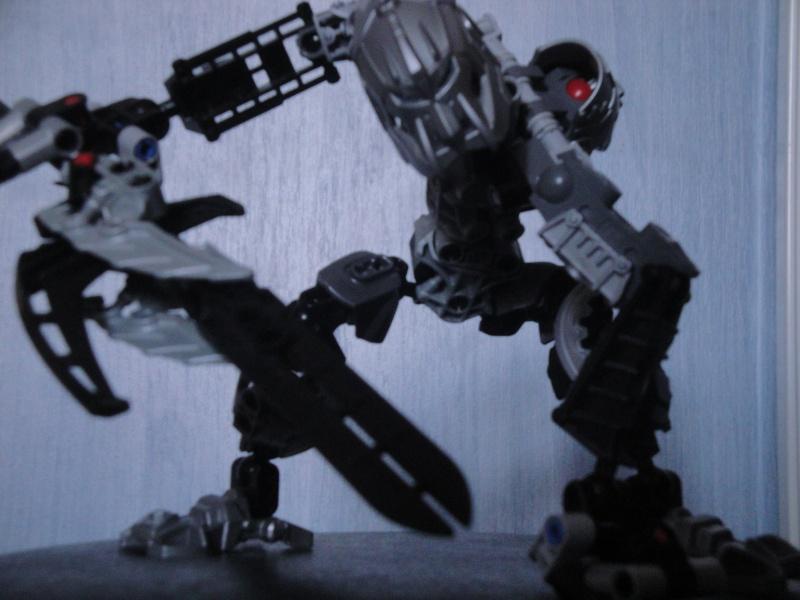 [MOC] Les bionicle mocs de Giganova - Page 2 Dsc09813