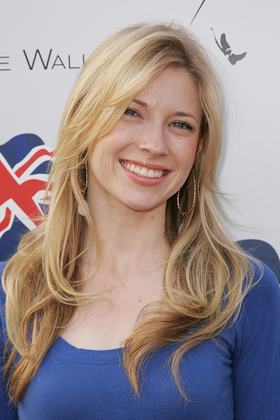Brooke White - is a singer and songwriter Americans Britwe10