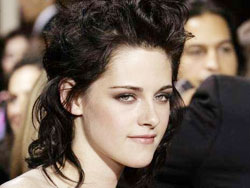 Twilight star Kristen Stewart has apologized Stewar10