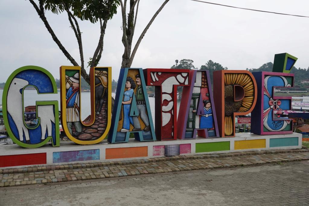 GUADAPE PRES DE MEDELLIN Dsc01610