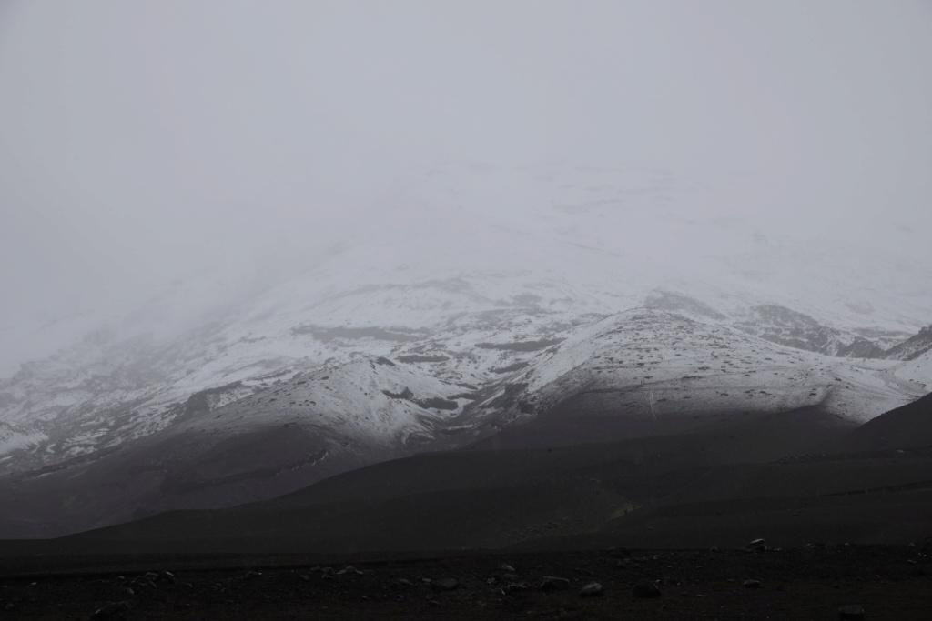 VOLCAN COTOPAXI 5897 m Dsc01815